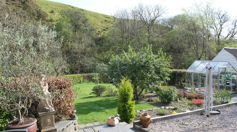 Aberddwynant - garden 1.jpg