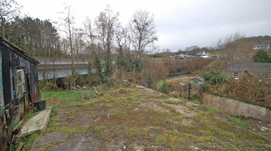 1 Terrace - garden 2.jpg