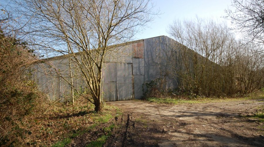 THE OUTBUILDING & PADDOCK ALONE