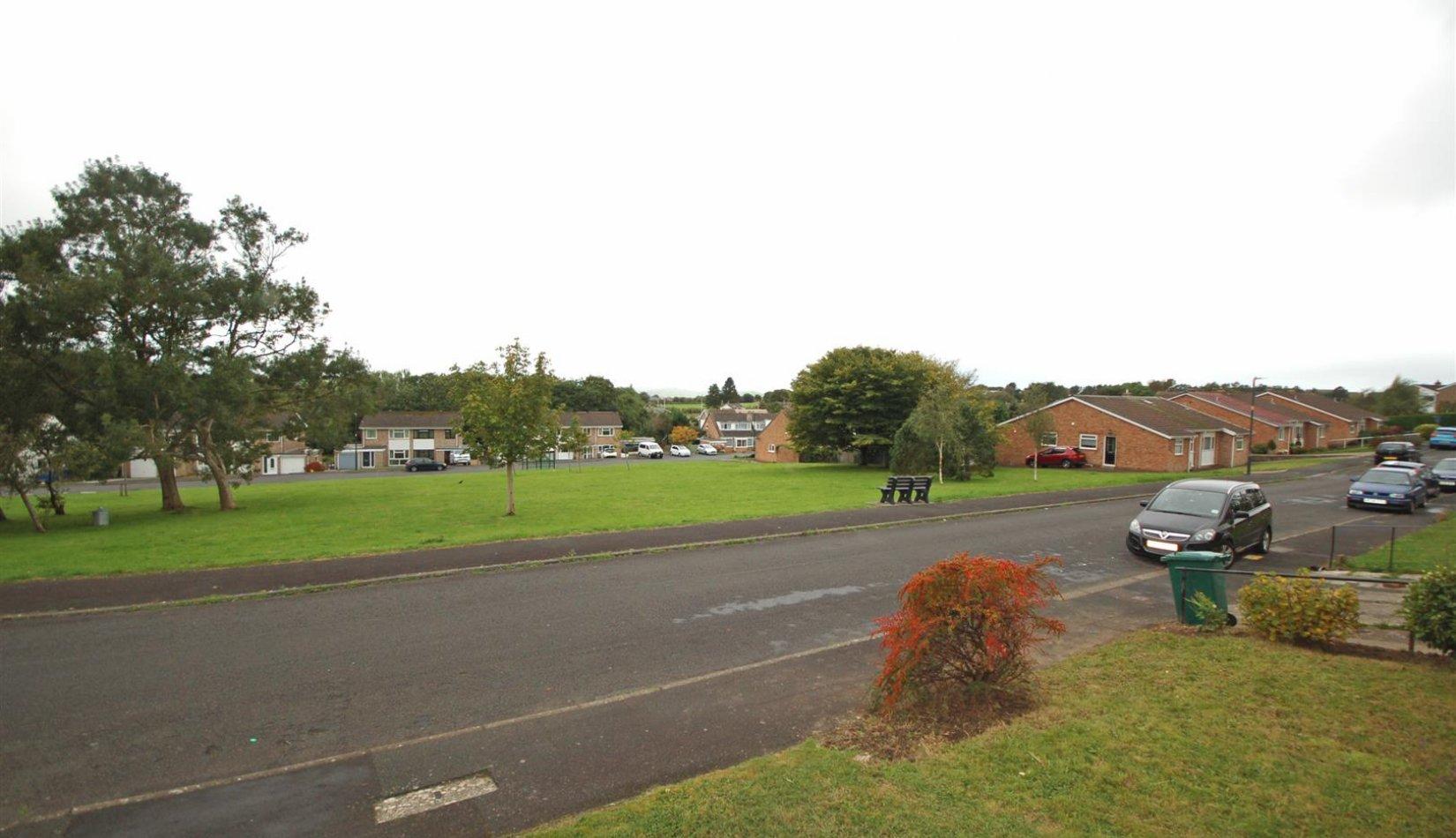 67 Rhoshendre view 2.jpg