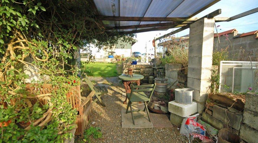 Brynamlwg garden 4.jpg