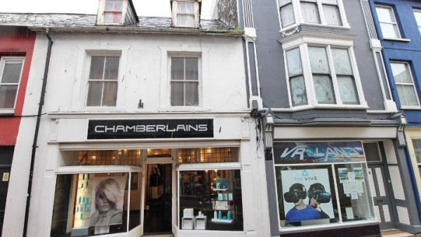 Chamberlains,9 & 9A Bridge Street