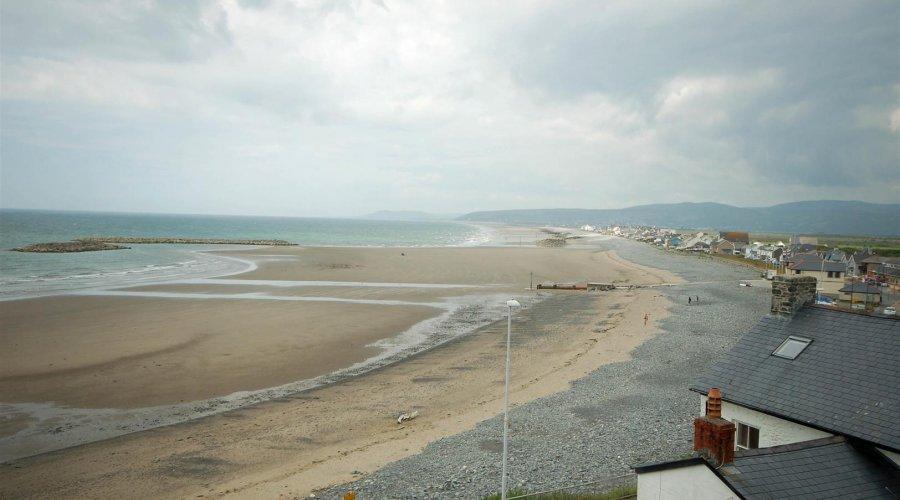 Swn Y Mor - sea view 3.jpg