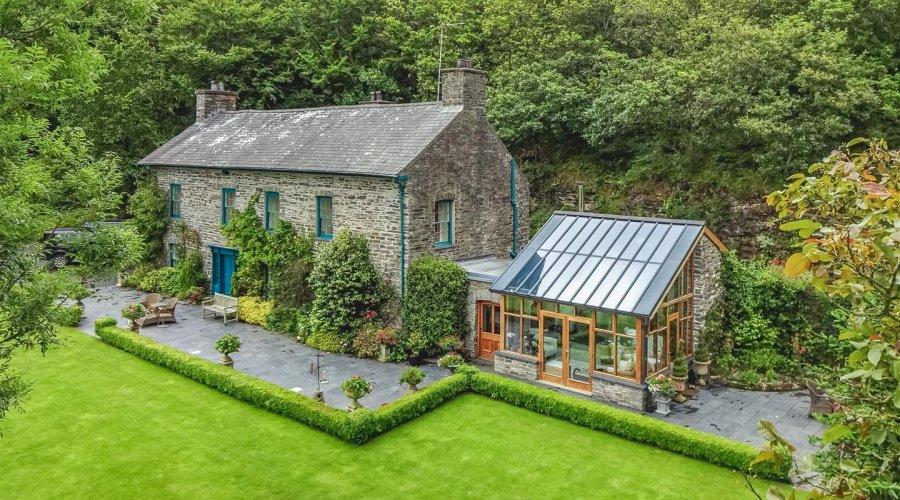 Crugiau House, Powys-6.jpg