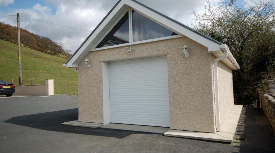Bronllys - garage.jpg