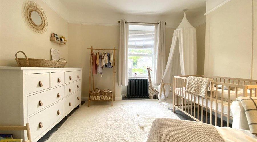 27 qr nursery pic 1.jpg