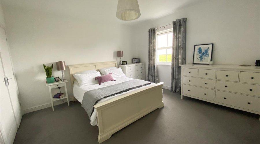 MASTER BEDROOM (bedroom 2)