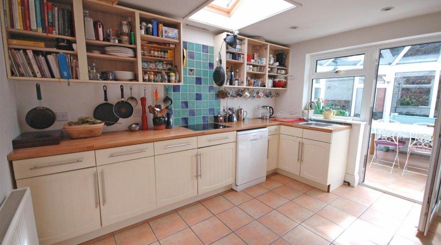 Gwynfryn kitchen 2.jpg