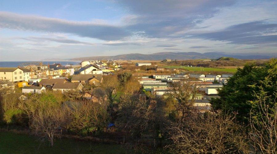 Llwyn, Borth - view.jpg