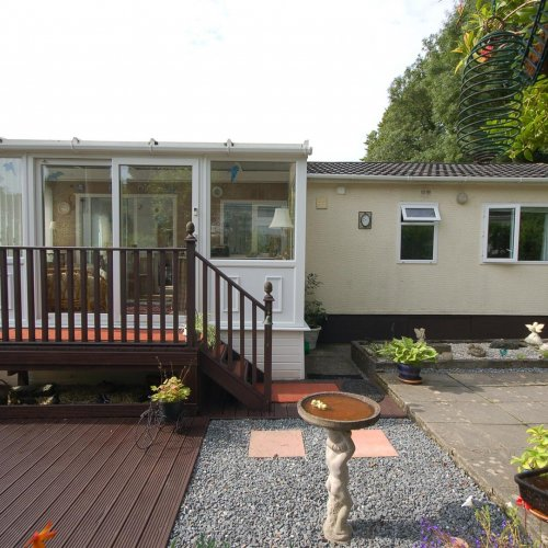 Willow Brook, 6 Penywern Holiday Village