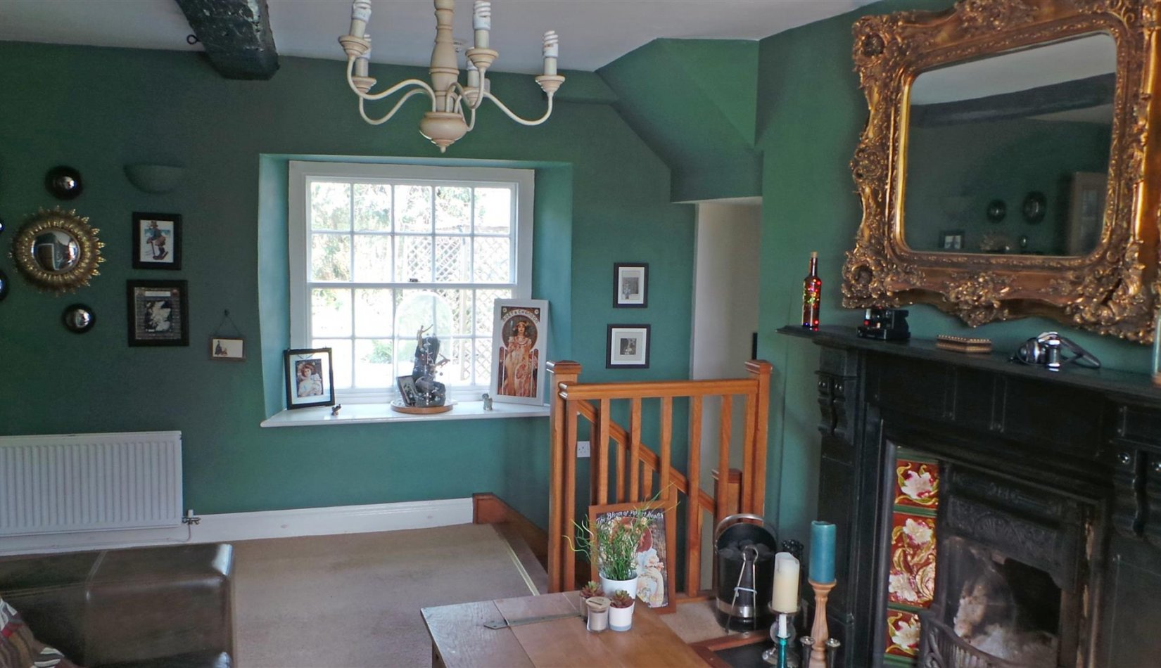 Rheidol House - v sitting room.jpg