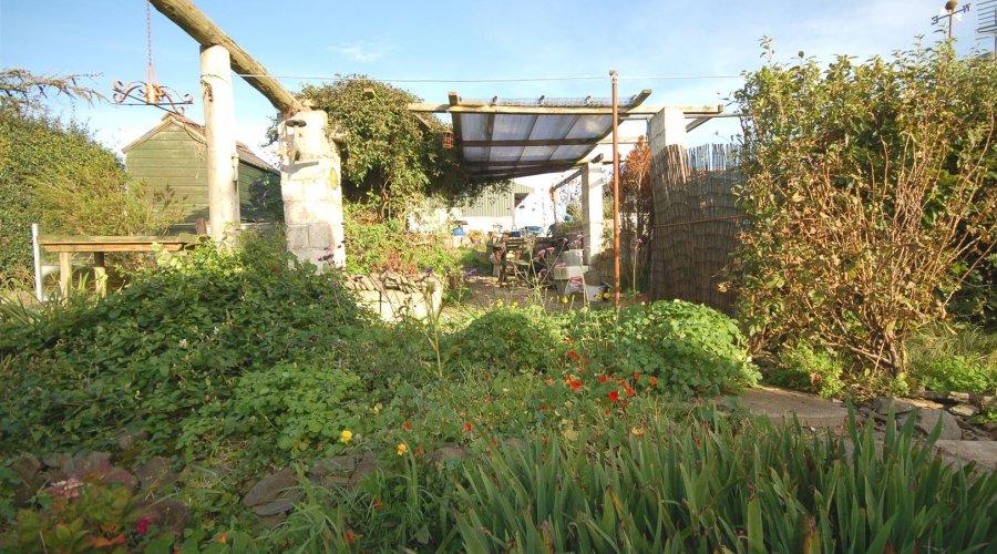 Brynaamlwg garden 2.jpg