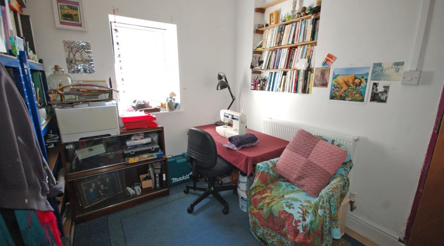 THROUGH ROOM/ OFFICE