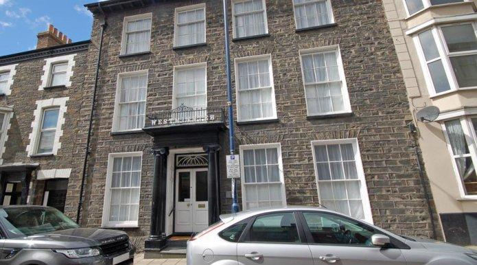 Westminster House 35 Bridge Street