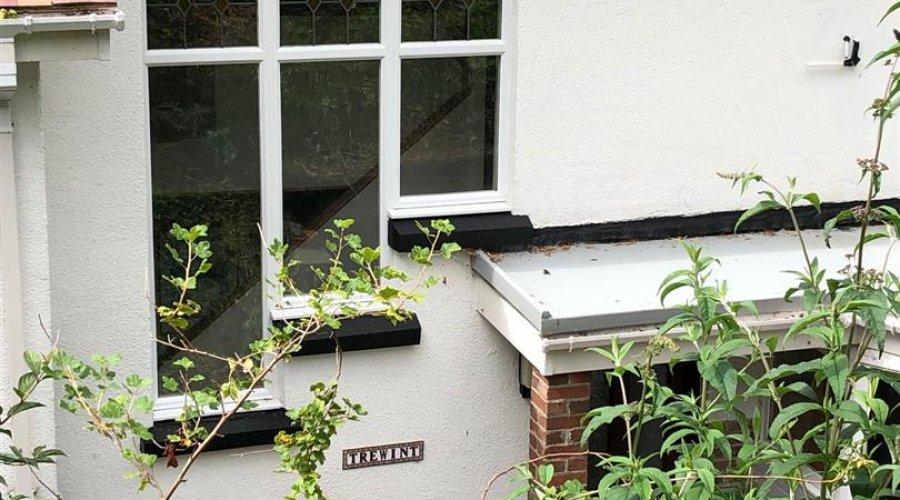 Trewint, 36 Brynglas Rd - Trewint sign.jpg