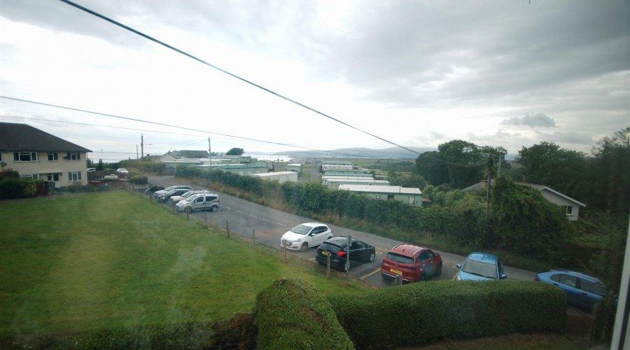 4 heol Rhydygarreg - view from lounge.jpg